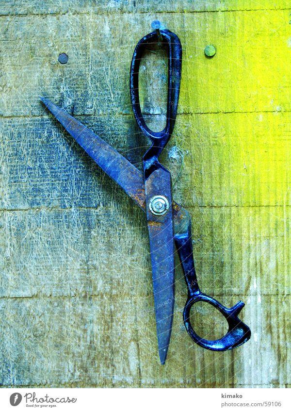 scissors Wood flour Oxide color old Colour