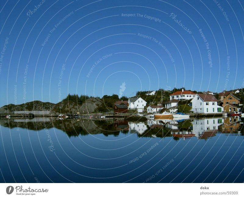 Norway_2 Vacation & Travel House (Residential Structure) Hill Lake Mountain Water Sky Blue
