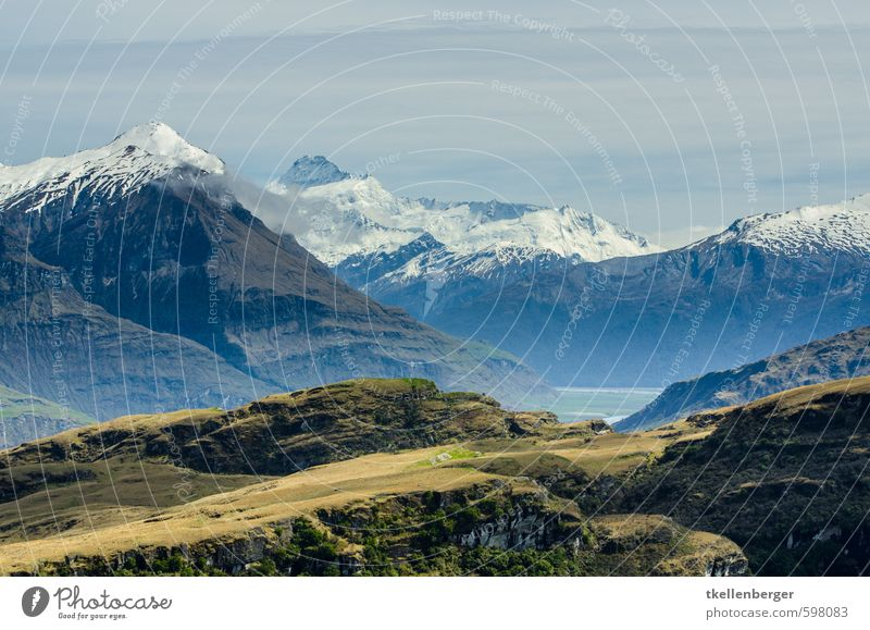 Rocky Mountain New Zealand III Nature Landscape Snowcapped peak Glacier Hiking Wanaka Climbing Lord of the Rings Tourism Mountaineering prehistoric rock Stony