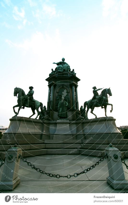 Imperialist Statue Monument Vienna King Empire Wide angle Landmark maria theresia Royal c&c canon EOS 350D
