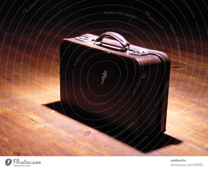 Vacation & Travel Brown Tourism Things Logistics Mysterious Catch Suitcase Nostalgia Household Tourist Crate To break (something) Leather Close Wooden floor