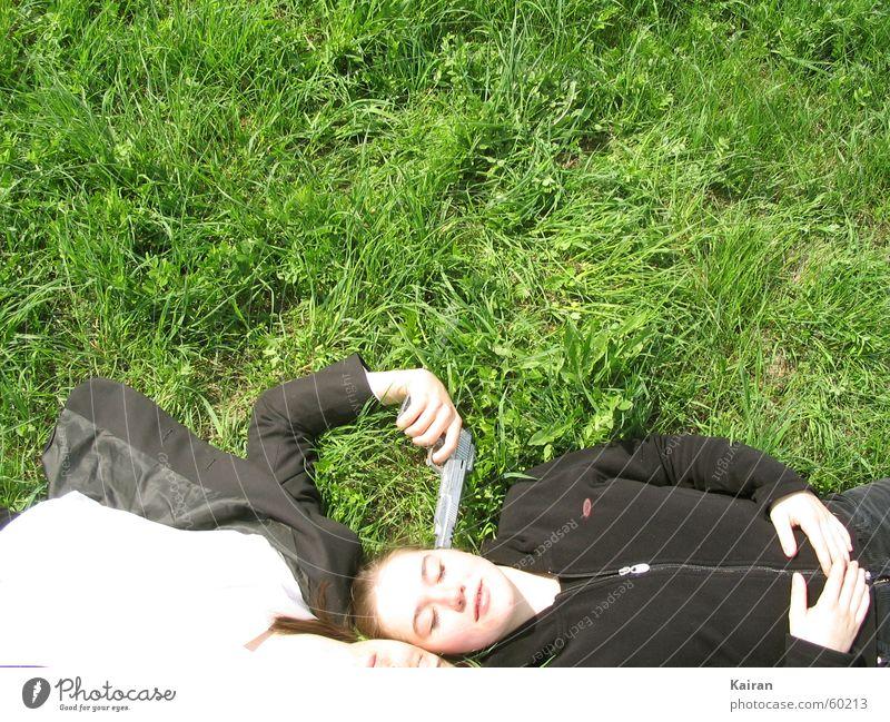 stefan / rike Grass Meadow Green Suit Weapon Handgun St. Michael's Church Stephen henrike Pallid Lie kairan Martin