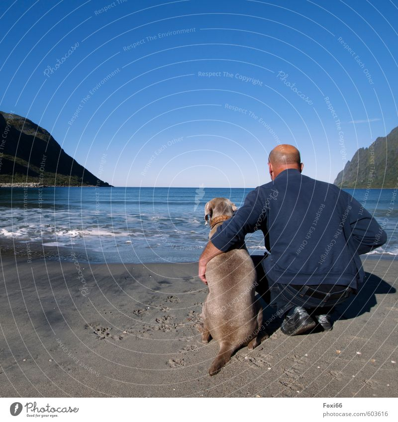 Thomas & Tia... the best friends! Relaxation Calm Adventure Far-off places Freedom Masculine Man Adults Friendship Couple 1 Human being 45 - 60 years Sand Water