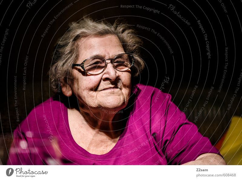 grandma Healthy Health care Care of the elderly Grandmother 1 Human being 60 years and older Senior citizen Old Think Looking Dream Dark Natural Pink Caution