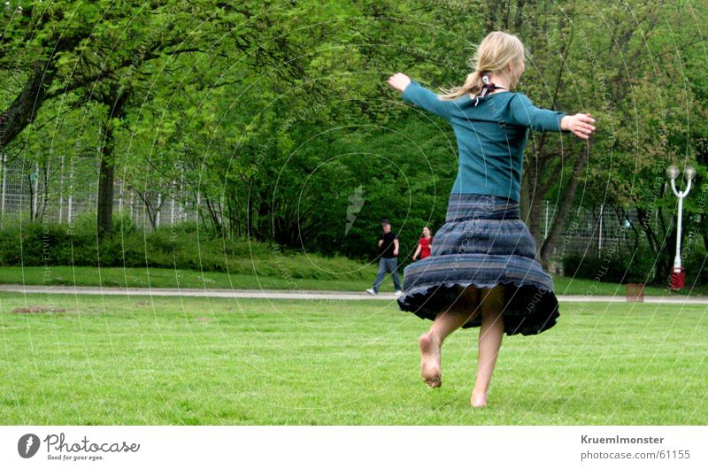 Pure joie de vivre Girl Green Joie de vivre (Vitality) Rotation Happiness Park Meadow Summer Movement Free Happy gruga