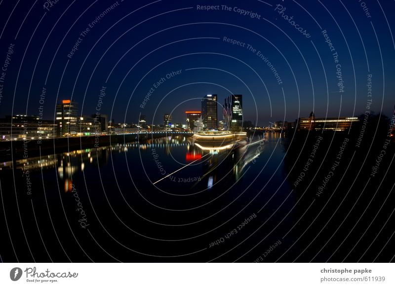 City Building Architecture Office Modern Esthetic Harbour Manmade structures Cloudless sky Skyline River bank Tourist Attraction Duesseldorf Outskirts City trip Rhine