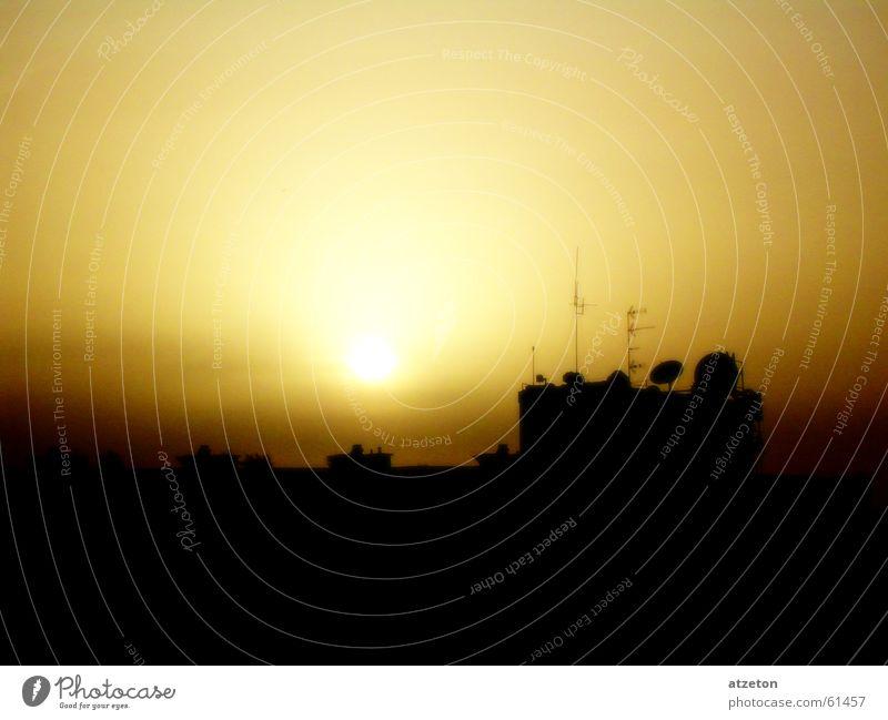 Sky Summer Sun Dark Yellow Warmth Brown Orange Sunbathing Physics Dusk Beige Antenna Spark Indulgent Gran Canaria