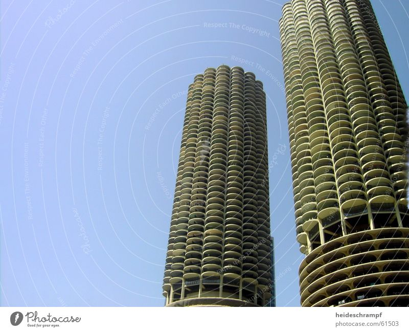 park like the gods Parking garage Chicago Cactus Story Elevator magnificant mile hochhasu skyskraper