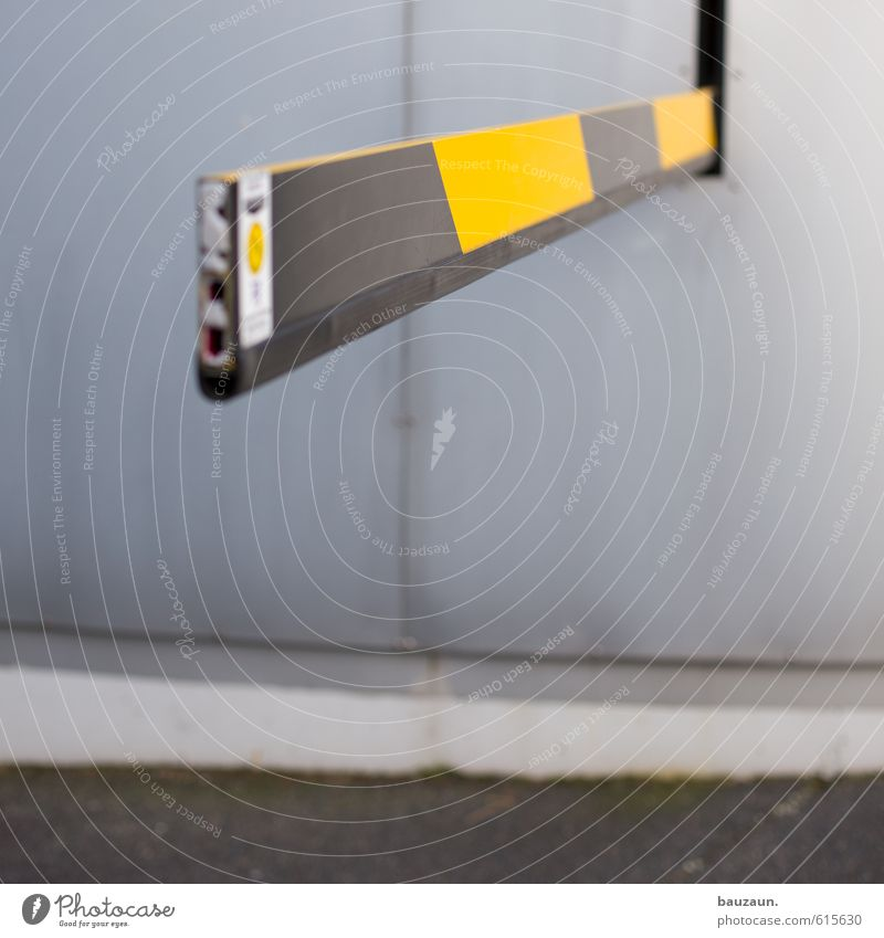 City Black Yellow Wall (building) Street Movement Lanes & trails Wall (barrier) Gray Line Facade Office Concrete Beginning Threat Stripe
