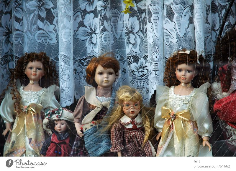 horror dolls Toys Window Creepy Girl Leisure and hobbies Woman Doll Looking Statue Münster