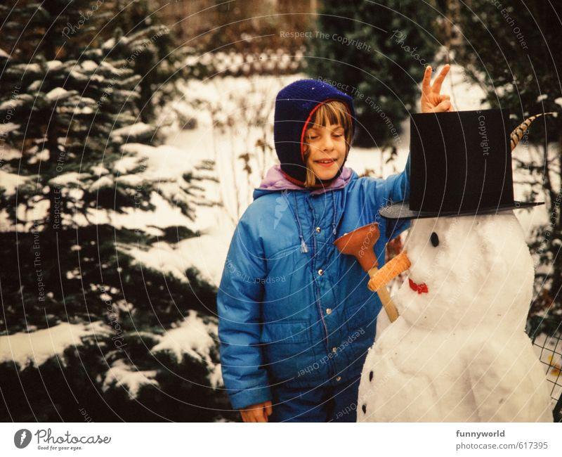 Hasnohrn! Girl Infancy 8 - 13 years Child Smiling Playing Retro Success Leisure and hobbies Joy Friendship Joie de vivre (Vitality) Nostalgia Past Snowman