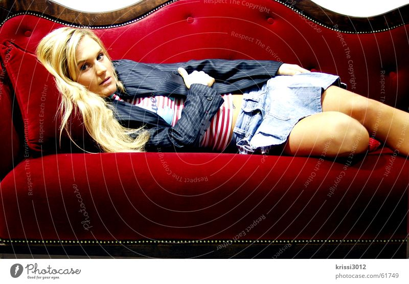 red couch II Sofa Red Velvet Woman Blonde Beautiful Furniture Royal Noble Gold Princess Lie