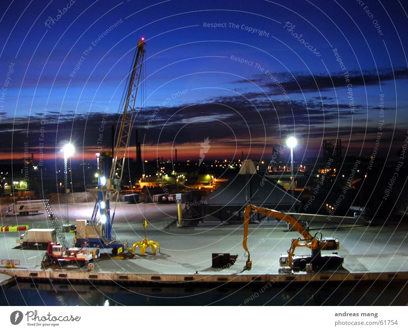 Sky Ocean Work and employment Lighting Industrial Photography Harbour Jetty Crane Floodlight Excavator Port Closing time