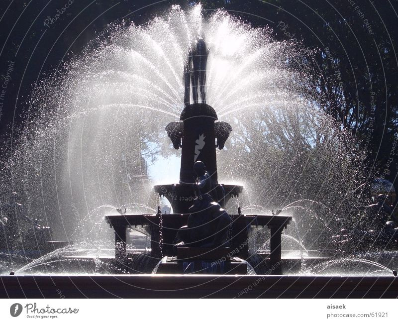 """sprinkle"" Fountain Sydney Water"