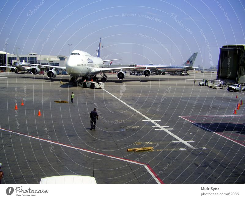 Lufthansa arrives lufthansa Airport go fishing