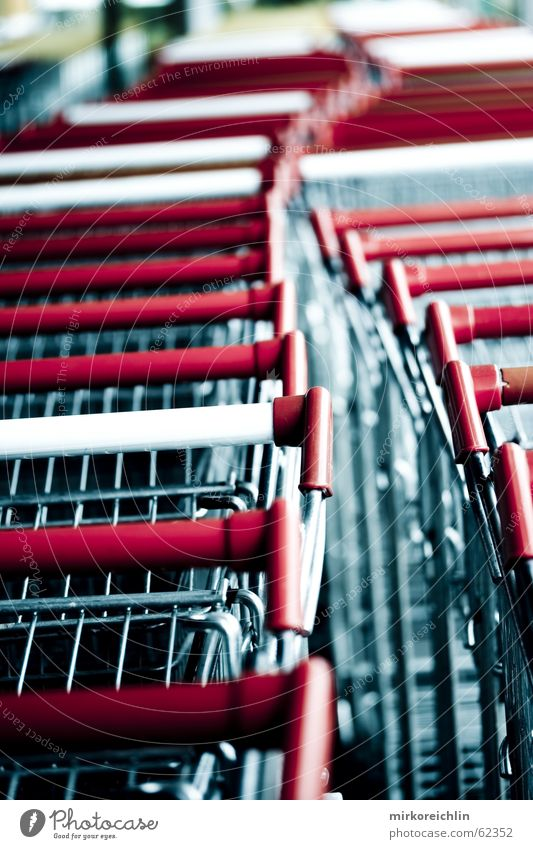 Red Metal Work and employment Wait Long Stress Store premises Marketing Shopping Trolley Carriage Consumption Meandering Column Bump Economy Position