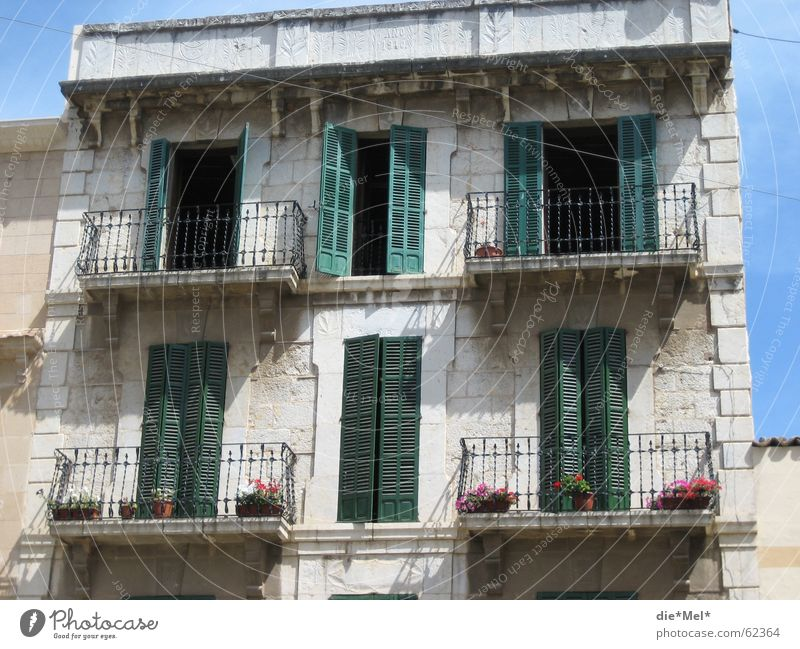old small holiday house House (Residential Structure) Vacation & Travel Redecorate Green White Spain Balcony Majorca Old Stone Shadow percussion shutters