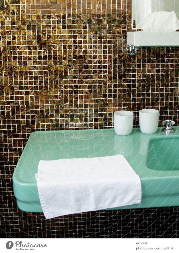 bath Sink Toothbrush mug Mosaic Sixties Tile