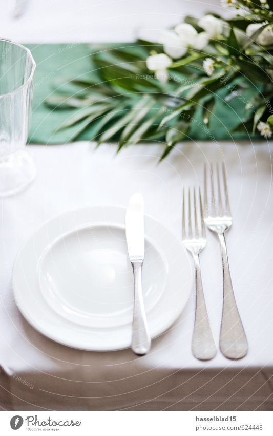 3-speed Nutrition Eating Dinner Banquet Crockery Plate Cutlery Knives Fork Lifestyle Luxury Style Joy Healthy Eating Well-being Contentment Relaxation