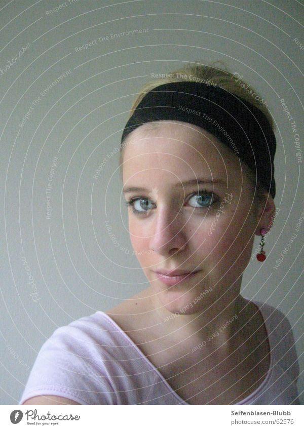 behind these blue eyes... Headband Model Beautiful Joy white wall Earring foh