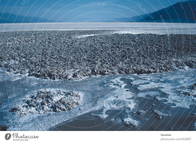 Blue Far-off places USA Desert Badlands Salt California Infertile Salt  lake Death valley Nationalpark