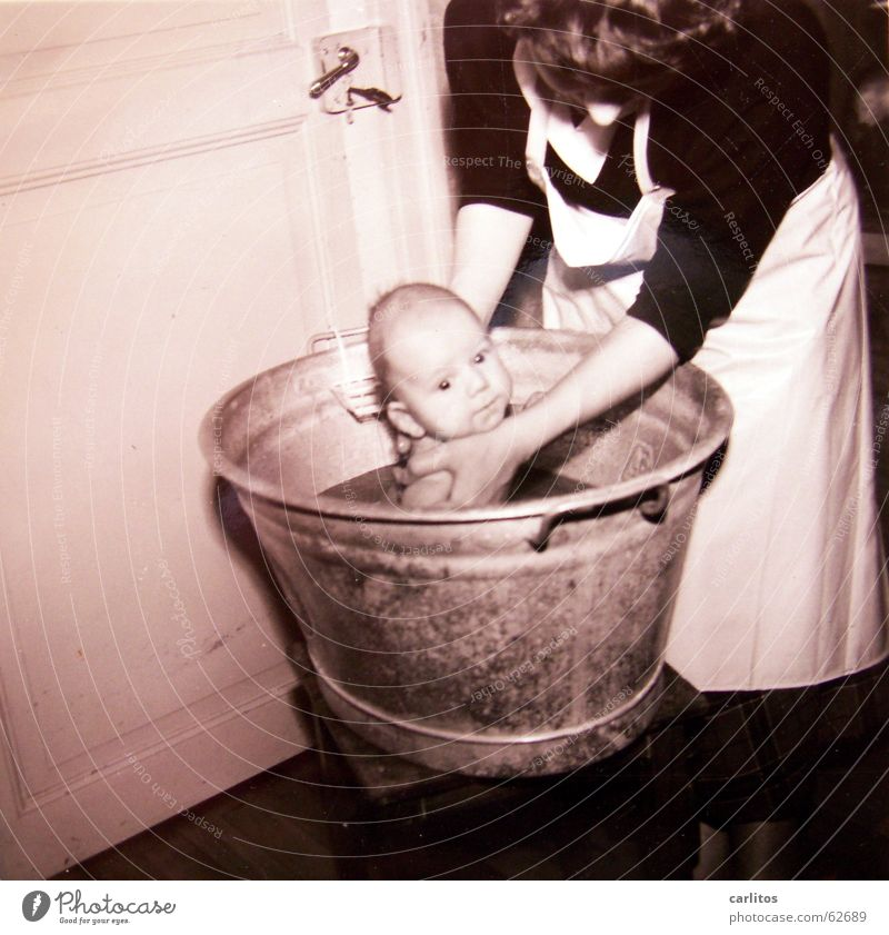 Child Happy Mother Swimming & Bathing Family & Relations Safety (feeling of) Son Medium format The fifties Parents Wash tub