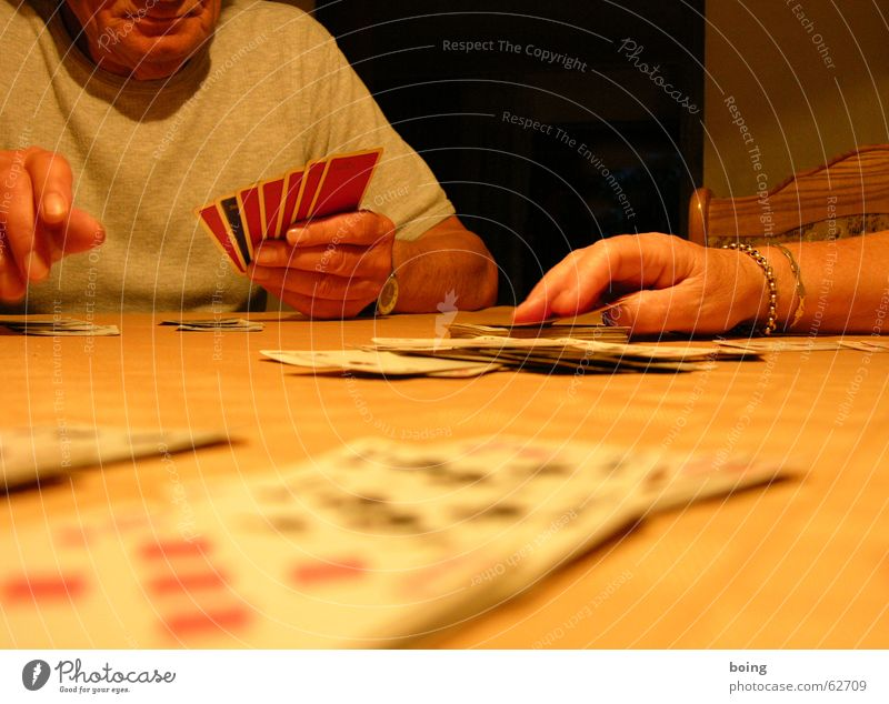 Entry in the Title field is too long. Enter a maximum of 64 characters. Playing card Golden necklace Hand Game of cards Leisure and hobbies 5&#9824 6&#9824
