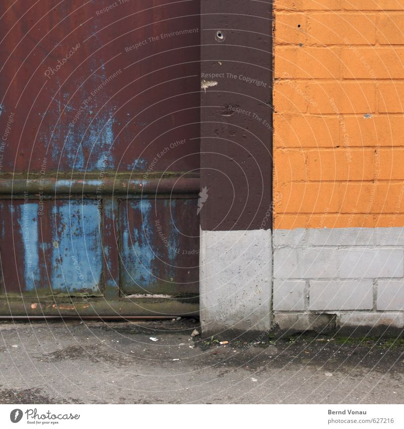 Blue Old City White Yellow Wall (building) Street Wall (barrier) Gray Stone Line Brown Metal Dirty Concrete Corner
