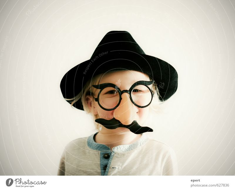 the boss already Leisure and hobbies Carnival Child Boy (child) 1 Human being Jewellery Eyeglasses Hat Moustache Nose Carnival costume Happiness Uniqueness
