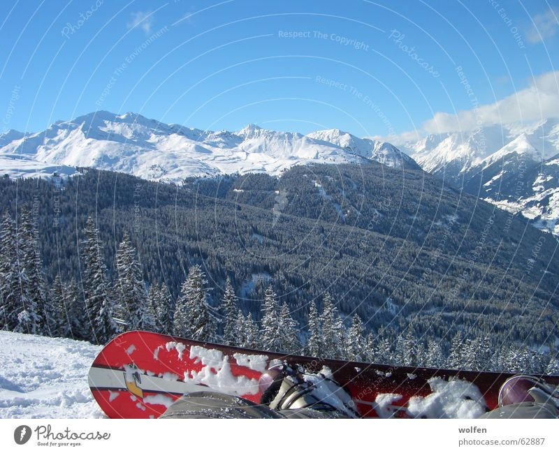 Snow Boarding in the Alps Snowboard Panorama (View) Tree Winter f2 Beautiful weather Large Valley Break Snowscape Snowcapped peak Sit Exterior shot