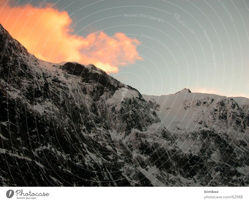 milfor sound New Zealand Sunset Mountain Milford Sound Snow