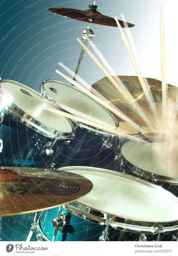 Movement Music Listening Musical instrument String Rock music Stick Tone Loud Drum set