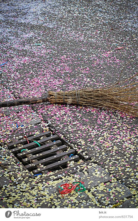 broom, stone, paper Entertainment Party Event Feasts & Celebrations Carnival Fairs & Carnivals Broom Culture Shows Places Architecture Traffic infrastructure