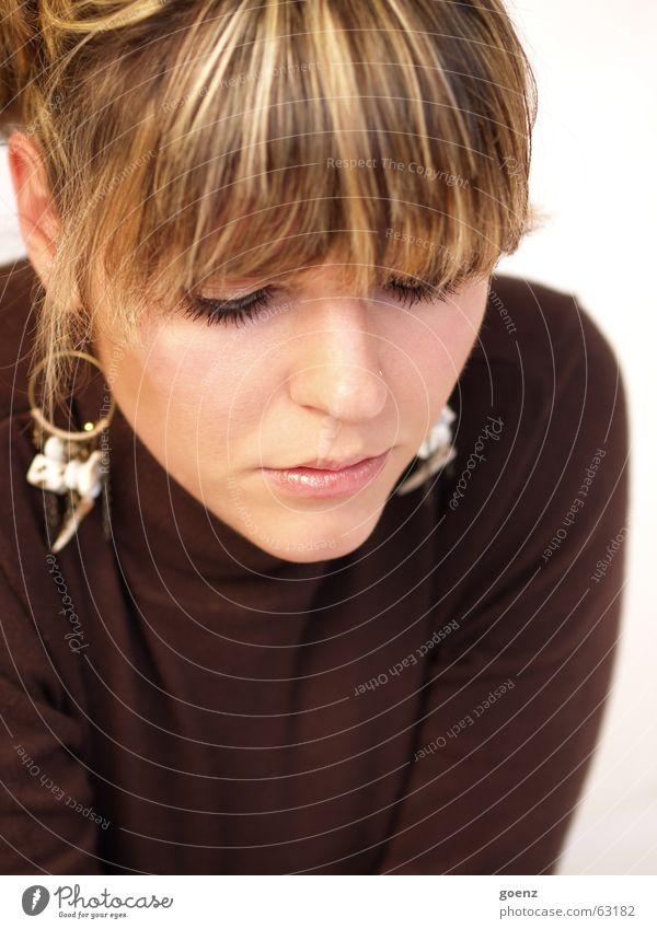 Woman Beautiful Face Beauty Photography Model Pure Cosmetics Brunette Bangs Innocent Earring
