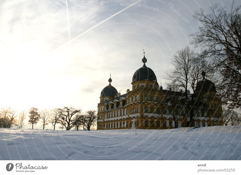 Sky Tree Sun Winter Clouds Cold Snow Wall (barrier) Castle Bavaria Upper Franconia Masonry Bamberg Seehof castle