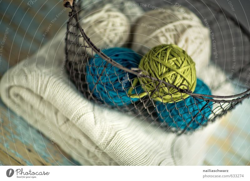 ball of wool Sweater Basket Wire basket Blanket Wool blanket Knot Table Knit Handcrafts Simple Friendliness Beautiful Cuddly Original Retro Warmth Blue Green