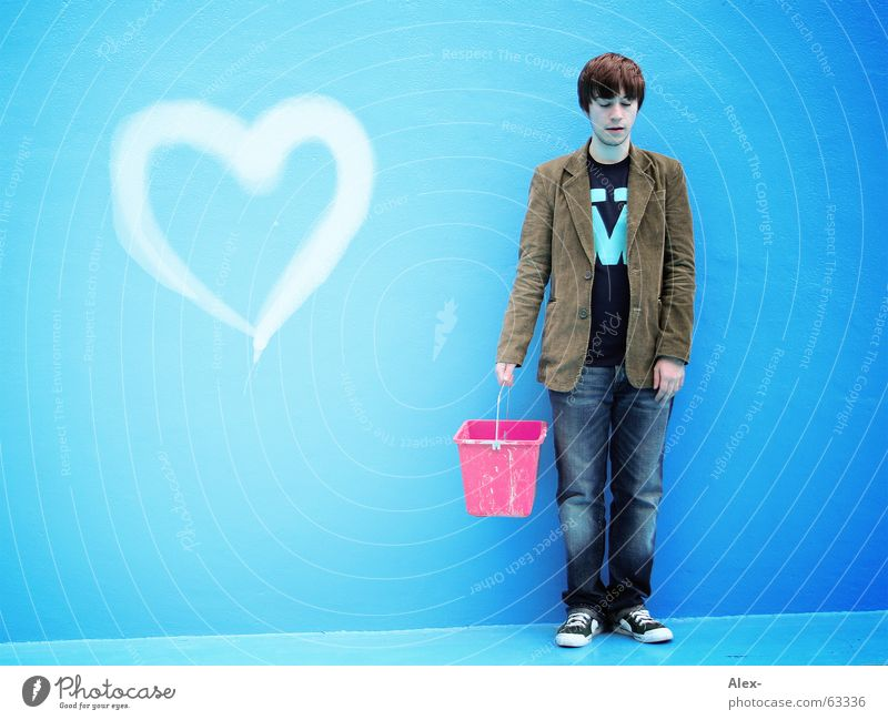 Man Blue Love Loneliness Sadness Heart Pink Search Grief Swimming pool Stand Painting (action, work) Jacket Partner Carrying Valentine's Day