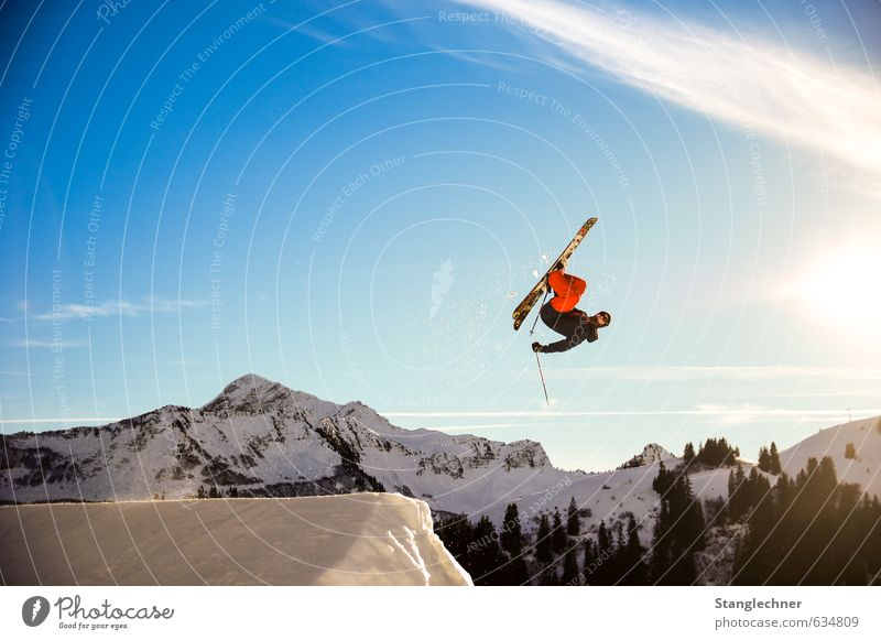 flatspin Lifestyle Leisure and hobbies Sports Winter sports Sportsperson Skiing Skis Freestyle Free skiing Ski run Human being Masculine Nature Landscape