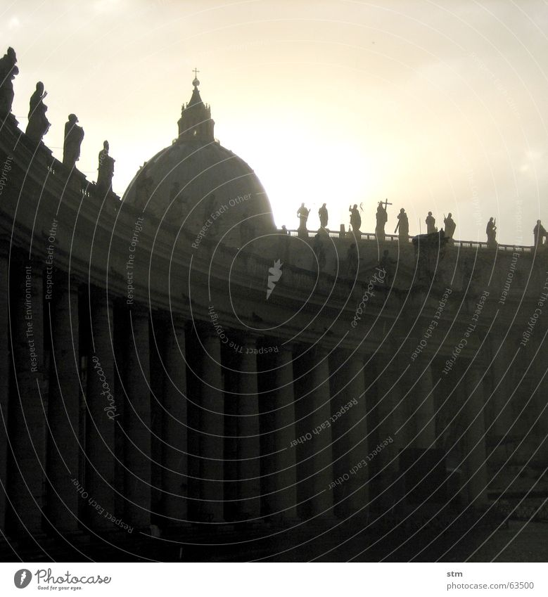 Sun Rain Vatican Rome Domed roof St. Peter's Cathedral