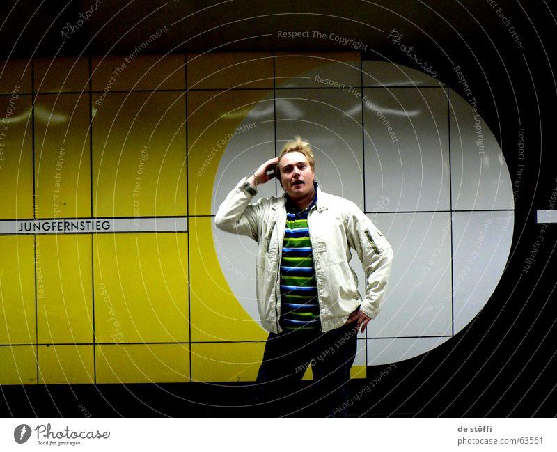 de sunshine Underground Yellow Man Guy Virgin jungfernsteg Circle Hamburg Hair and hairstyles Wind Cool (slang) Joy