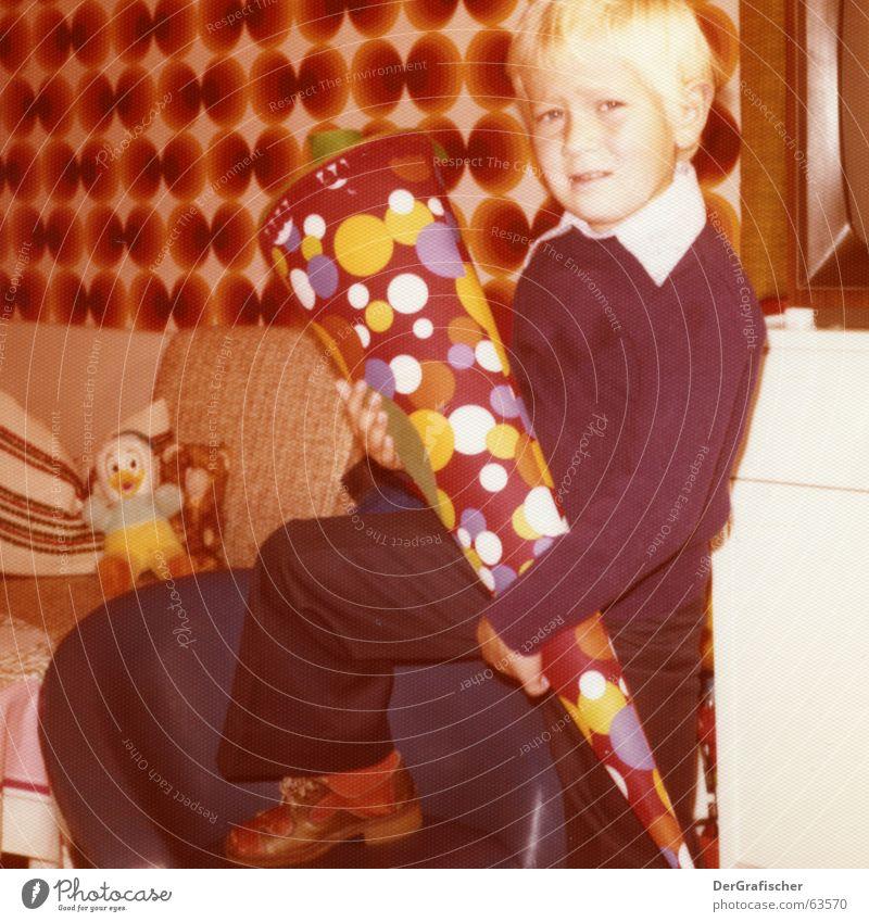 Child Boy (child) School Footwear Legs Brown Room Orange Fear Blonde Beginning New TV set Posture Pants Wallpaper