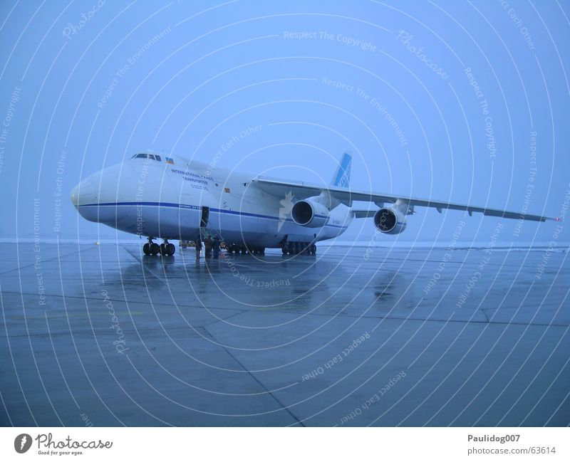 Antonov 124 Airplane Airfield Logistics Cargo hold Long exposure Monochrome Runway antonov124 Aviation Cargo plane