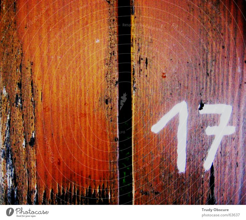 postcard no. 17 Wood Table Wooden table Surface Digits and numbers Brown White Black Wooden board Amount Structures and shapes