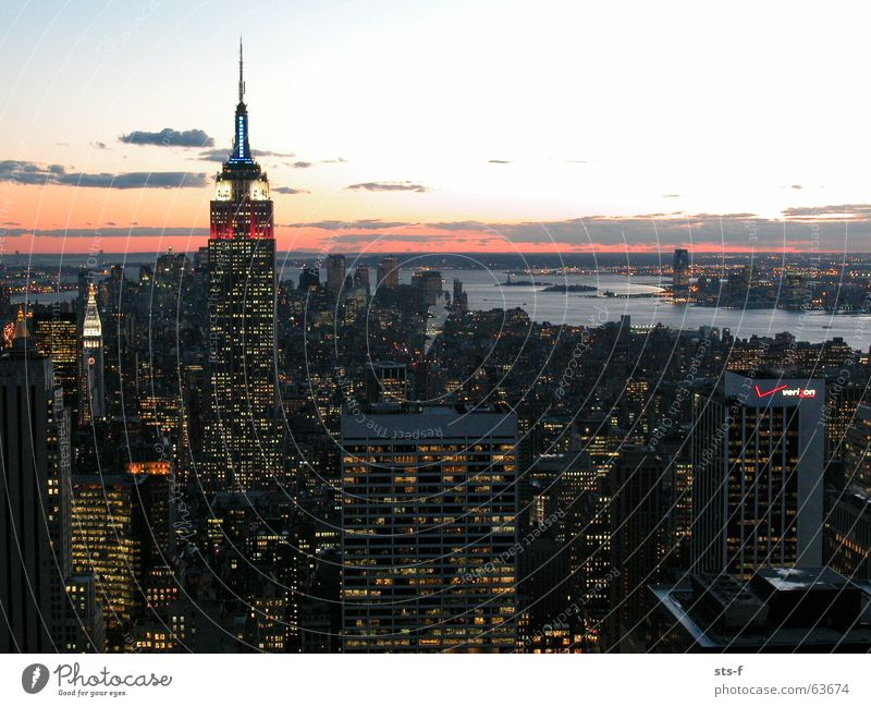 Sky High-rise River Vantage point Building New York City Hudson River Empire State building