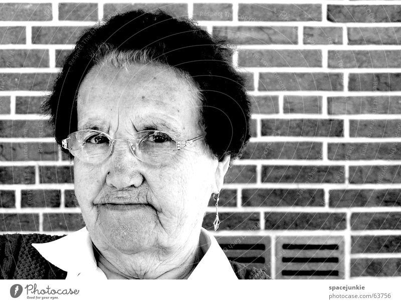 meta Grandmother Senior citizen Portrait photograph Black White Wisdom Woman Eyeglasses Wall (building) Black & white photo Looking
