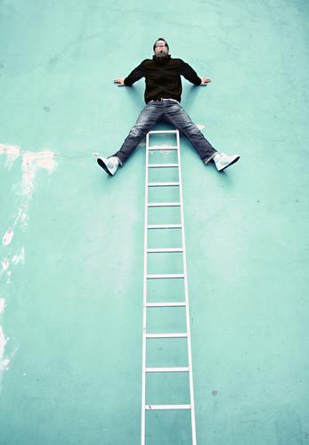 ... done ... Wall (building) Swimming pool Man Freak Crazy Go up Top High point Fidget Crash To break (something) Accident Ladder boy Funny Joy fun Climbing