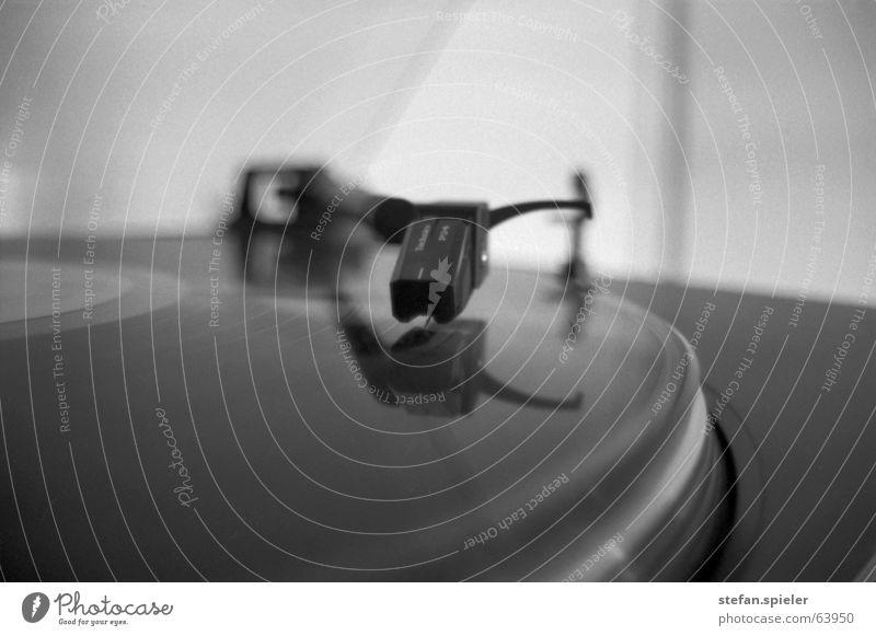 White Black Music Circle Tracks Rotate Pick-up head Record Song Rotation Clang Record player Radio Play