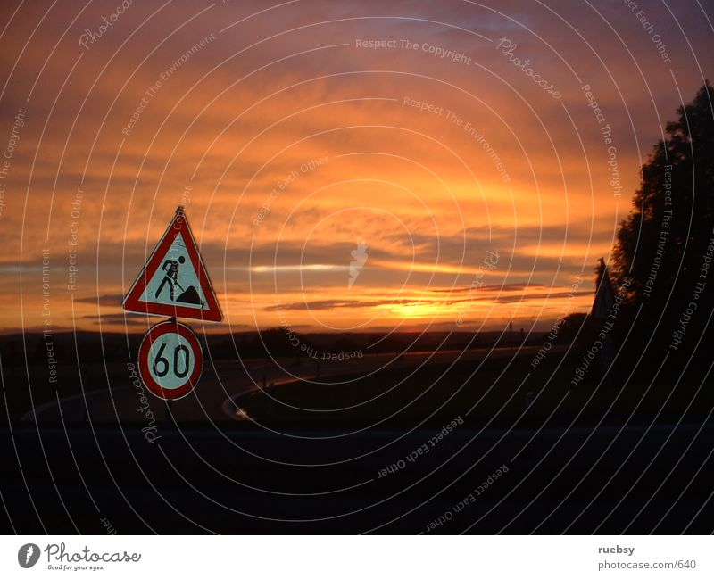 60 km/h Highway Sunset Things Signs and labeling Dusk