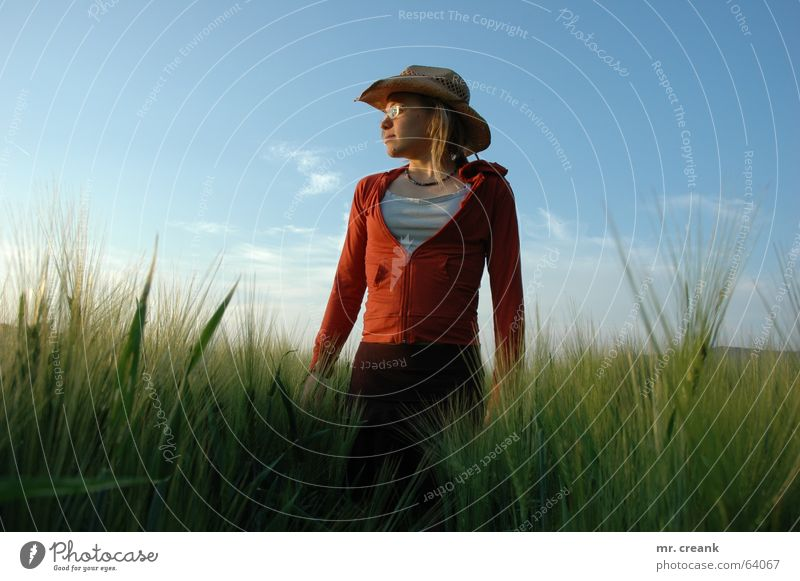 Woman Human being Nature Field Fashion Blonde Adults Clothing Vantage point Joie de vivre (Vitality) Grain Hat Farmer Harvest Cowboy