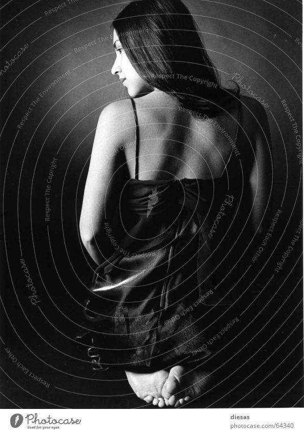 La Sensualidad Portrait photograph Woman Silhouette Dress Calm Feminine potrait Profile